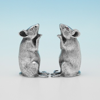 L0904:  Sterling Silver Pair Of  Mice - Whitehill Silver & Plate Company Hallmarked In 2012 Birmingham - Elizabeth II - Image 1