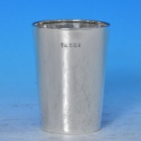 j7282: Antique Sterling Silver Beaker - Joseph Rodgers & Sons Hallmarked In 1899 Sheffield - Victorian - image 1