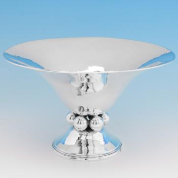 B6763:  Sterling Silver Bowl - Charles Boyton Hallmarked In 1937 London - George VI - Image 1
