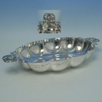 d2455: Sterling Silver Bread Dish - Berthold Muller Hallmarked In 1912 London - George V  - image 1