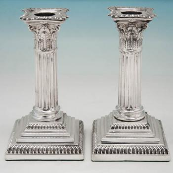 B4463: Antique Sterling Silver Candlesticks - Goldsmiths & Silversmiths Co. Hallmarked In 1902 London - Edwardian - Image 1
