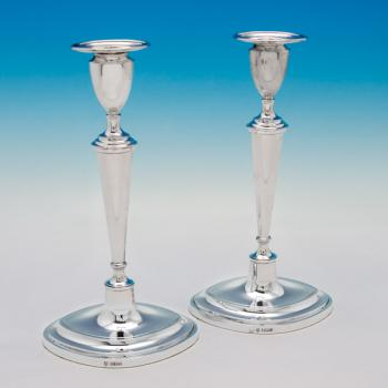 B5512:  Sterling Silver Candlesticks - Hawksworth Eyres & Co Hallmarked In 1916 Sheffield - George V - Image 1