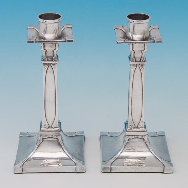 B6526: Antique Sterling Silver Pair Of Candlesticks - William Hutton Hallmarked In 1906 London - Edwardian - Image 1