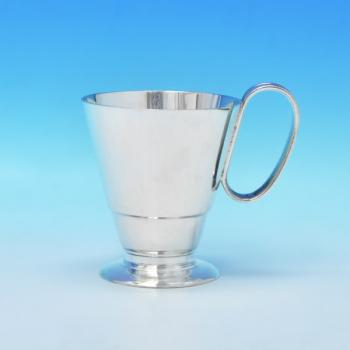 B3162:  Sterling Silver Christening Mug - Wakely & Wheeler Hallmarked In 1933 London - George V - Image 1
