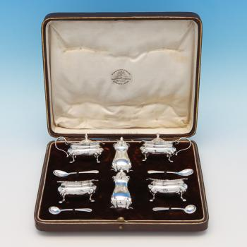 B9556:  Sterling Silver Condiment Set - Goldsmiths & Silversmiths Co. Hallmarked In 1925 London - George V - Image 1