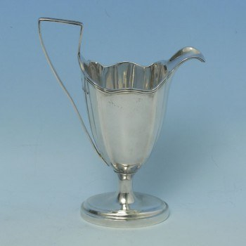 e9527: Antique Sterling Silver Cream Jug - T. Bradbury & Sons Hallmarked In 1895 London - Victorian - image 1