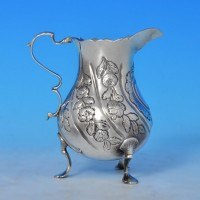 j8415: Antique Sterling Silver Cream Jug - Hallmarked In 1763 London - George III Georgian - image 1