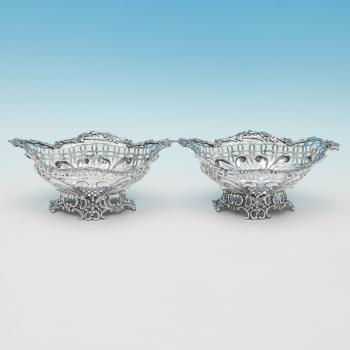 L0031p: Antique Sterling Silver Pair Of Dishes - William Comyns Hallmarked In 1890 London - Victorian - Image 1