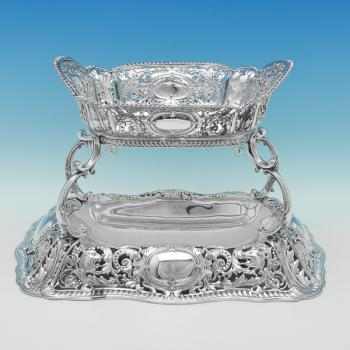L0468: Antique Sterling Silver Centrepiece - Martin Hall & Co. Hallmarked In 1895 Sheffield - Victorian - Image 1