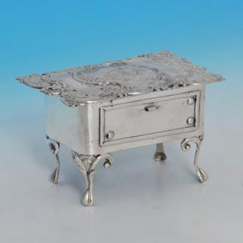 J8720: Antique Sterling Silver Jewellery Box - Levi & Salaman Hallmarked In 1903 Birmingham - Edwardian - Image 1