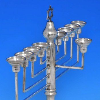 b0390: Sterling Silver Menorah - J. Thompson & Sons Hallmarked In 1933 London - George V  - image 2