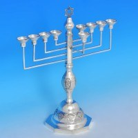 b0390: Sterling Silver Menorah - J. Thompson & Sons Hallmarked In 1933 London - George V  - image 1