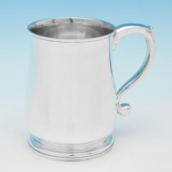L0254:  Sterling Silver Mug - Robert Comyns  Hallmarked In 1965 London - Elizabeth II - Image 1