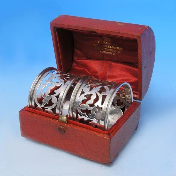 d5394: Sterling Silver Pair Of Napkin Rings - H. Moreton Hallmarked In 1921 Birmingham - George V  - image 1