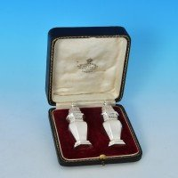 j7366: Antique Sterling Silver Pair Of Pepper Pots - Edward Barnard Ha