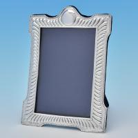 B7320: Antique Sterling Silver Photograph Frames - E Mander & Sons Hallmarked In 1897 Birmingham - Victorian - Image 1
