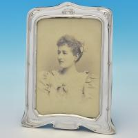 B7446: Antique Sterling Silver Photograph Frame - Henry Matthews Hallmarked In 1902 Birmingham - Edwardian - Image 1