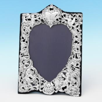 B8500b: Antique Sterling Silver Photograph Frame - William Comyns Hallmarked In 1902 London - Edwardian - Image 1