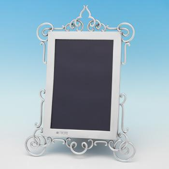 B9499: Antique Sterling Silver Photograph Frame - Gibson & Langland Hallmarked In 1896 London - Victorian - Image 1