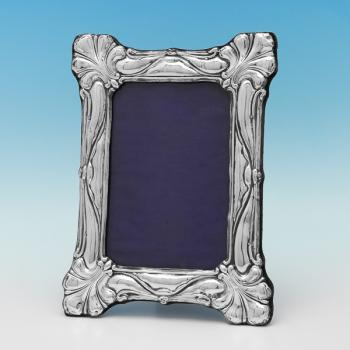 L0354: Antique Sterling Silver Photograph Frame - Unknown Hallmarked In 1904 Birmingham - Edwardian - Image 1