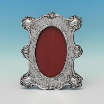L0666: Antique Sterling Silver Photograph Frame - Colleen Cheshire Hallmarked In 1900 Chester - Victorian - Image 1