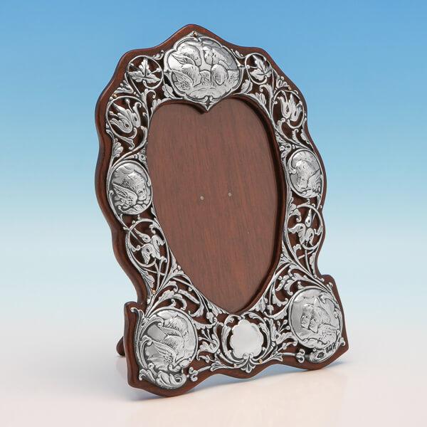 Antique Victorian Art Nouveau Heart