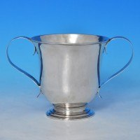 j8596: Antique Sterling Silver Porringer - Hester Bateman Hallmarked In 1780 London - George III Georgian - image 1