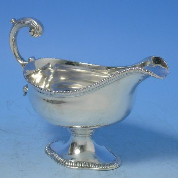 d6702: Antique Sterling Silver Sauce Boat - Hallmarked In 1780 London - George III Georgian - image 1
