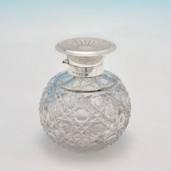 B3859: Antique Sterling Silver Scent Bottle - James Dixon & Sons Hallmarked In 1913 Sheffield - George V - Image 1