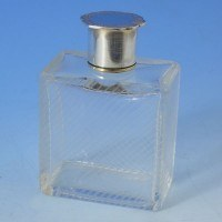 d6898: Sterling Silver Scent Bottle - Richard Comyns Hallmarked In 1947 London - George VI  - image 1