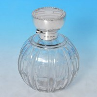 j8894: Sterling Silver Scent Bottle - Synyer & Beddoes Hallmarked In 1915 Birmingham - George V  - image 1