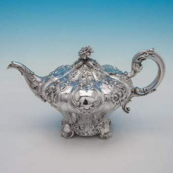 B4009: Antique Sterling Silver Teapot - Rawlings & Sumner Hallmarked In 1836 London - William IV - Image 1