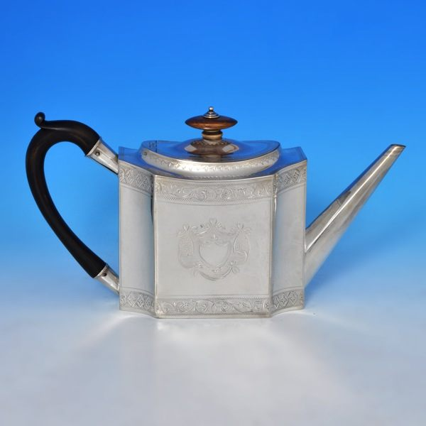 J9490: Antique Sterling Silver Teapot - Samuel Moulton Hallmarked In 1792 London - Georgian - Image 1