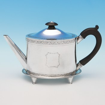 L0772: Antique Sterling Silver Teapot & Stand - Henry Chawner Hallmarked In 1793 London - Georgian - Image 1