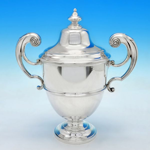 B4833: Antique Sterling Silver Trophy - Walker & Hall Hallmarked In 1904 Sheffield - Edwardian - Image 1