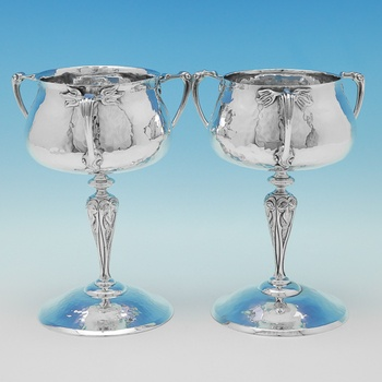 L0214: Antique Sterling Silver Pair Of Trophies - Goldsmiths & Silversmiths Co. Hallmarked In 1904 London - Edwardian - Image 1