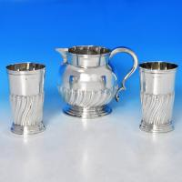 B0813: Antique Sterling Silver Water Jug And Beakers - Barnards Hallmarked In 1889 London - Victorian - Image 1